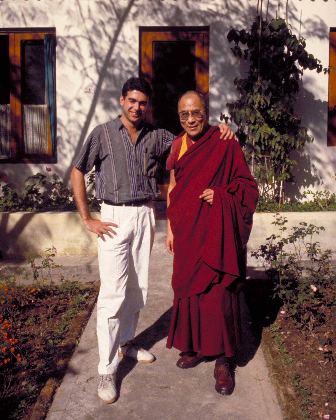 Yours truly posing with his holiness.